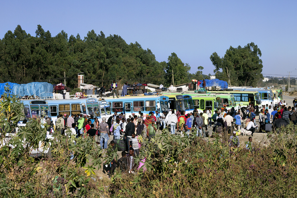 Migrants returning to Ethiopia