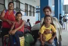 Una familia venezolana en Perú