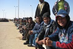 Bangladeshi migrants in Egypt wait to return home