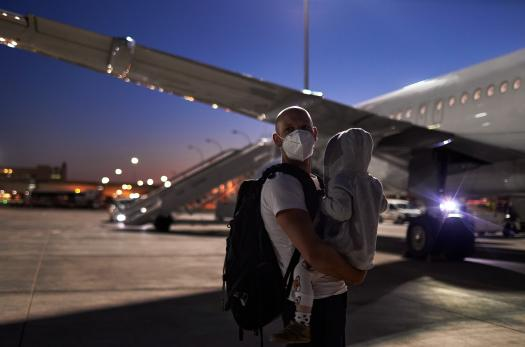 iStock father child airplane