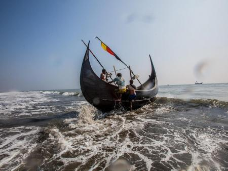 Boat on Bay of Bengal